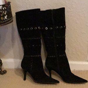 NWOT Beautiful Antonio Melani Black Suede Boots